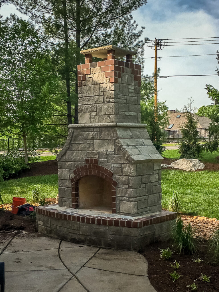 outdoor-fireplace-4